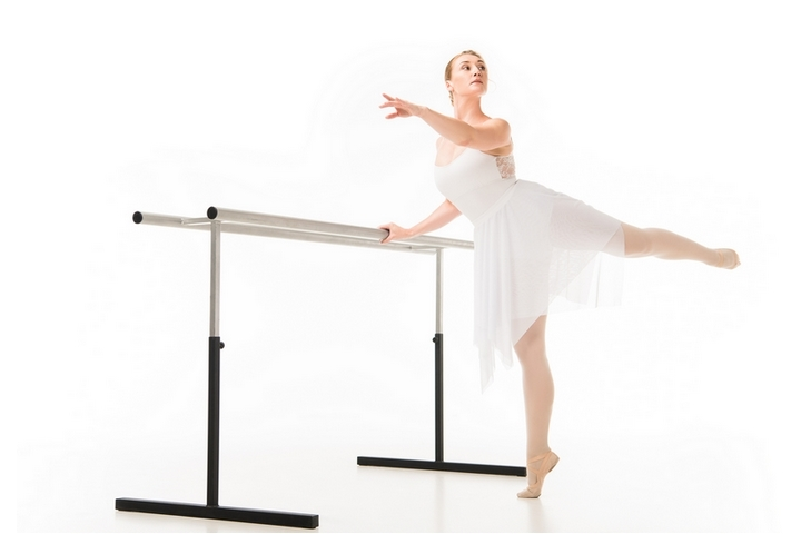 Ballet Exercises: 6 Health Benefits of Ballet Barre Workouts ...