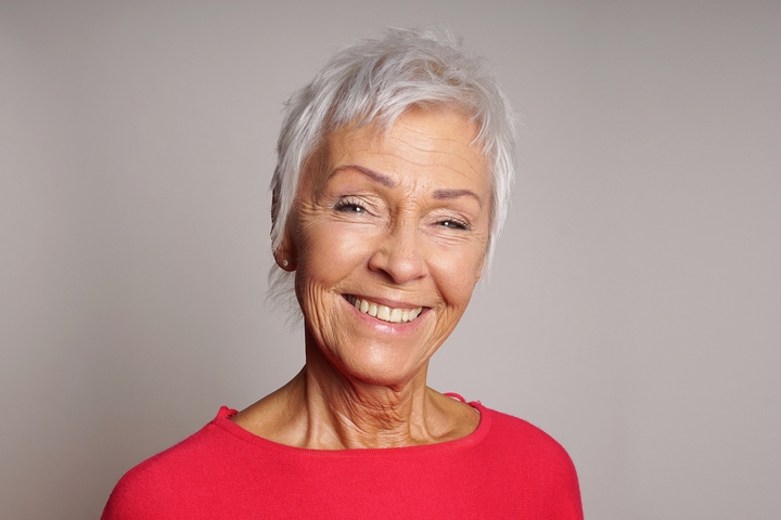 7 Fashionable Hairstyles For Women Over 70